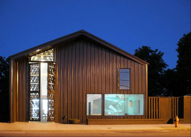 Urban Barn by De Leon & Primmer Architecture Workshop
