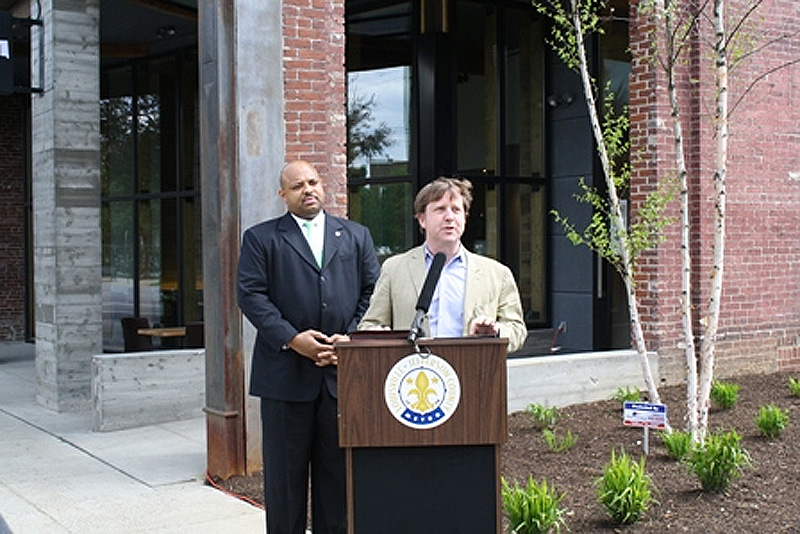 Metro Council President David Tandy and Gill Holland at The Green Building