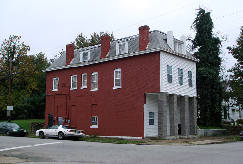 Corner commercial building in Russell