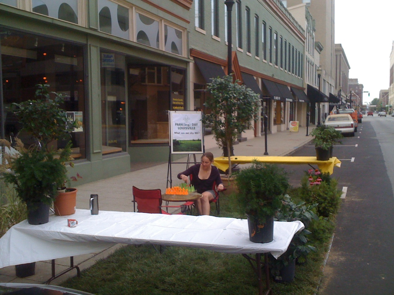 Park(ing) Day in Louisville (Courtesy Urban Design Studio)