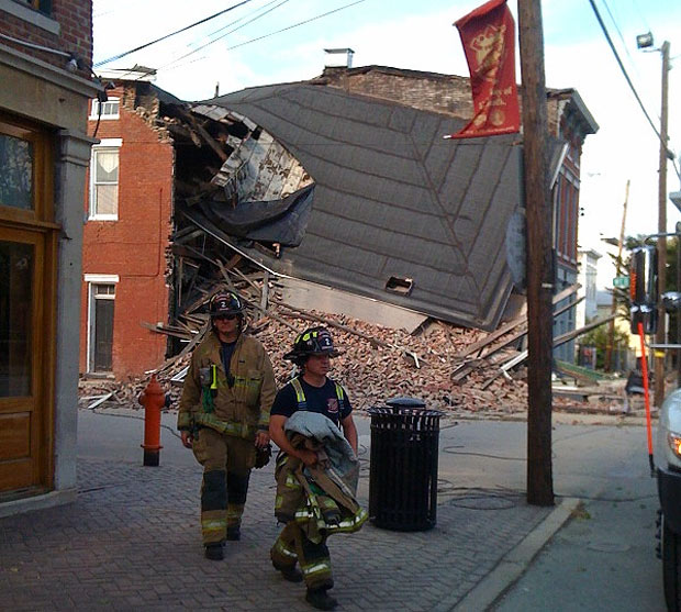 Building Collapse at 1401 Story Avenue (Courtesy Andrew Cornelius)