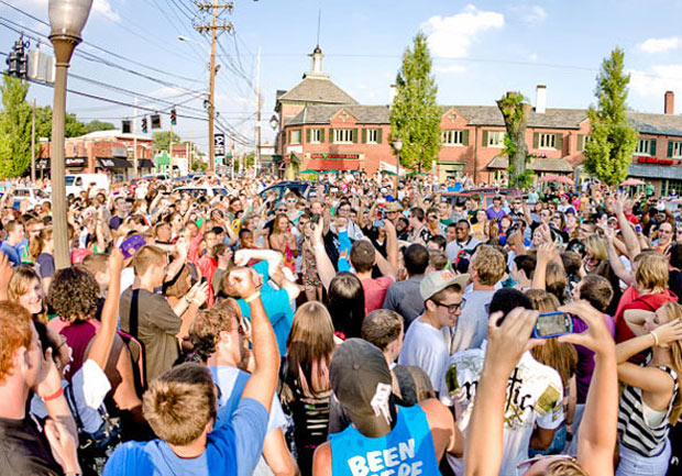 Flash mob takes over Bardstown Road & Eastern Parkway (Courtesy Spry Media)