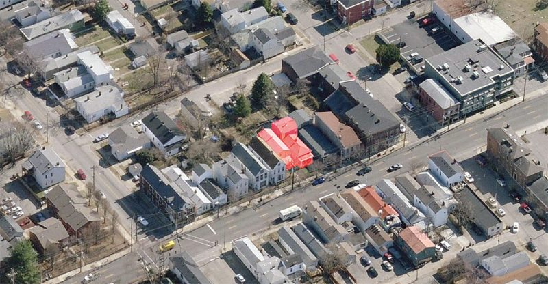 The site of the new building at 613–615 Baxter Avenue indicated in red. (Courtesy Bing Maps)
