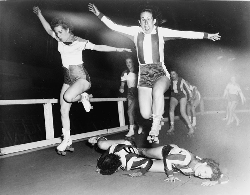 The early days of Roller Derby, although not necessarily at Louisville's armory. (Courtesy Library of Congress / Wikipedia)