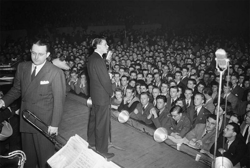 Frank Sinatra with Tommy Dorsey's Orchestra at the armory circa 1942. (Courtesy UL Photographic Archives - Reference URL)