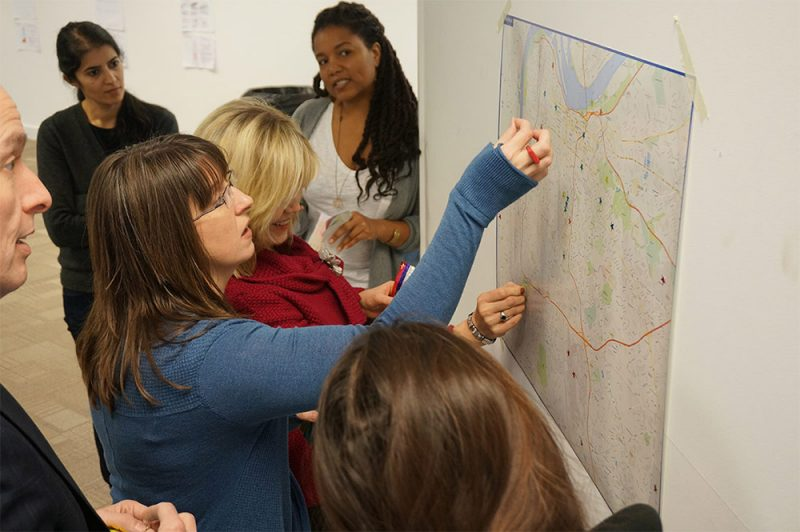 Participants help identify locations for the Sensor City project. (Courtesy Urban Matter Inc)
