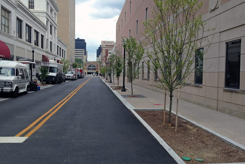 The new Guthrie Street. (Elijah McKenzie / Broken Sidewalk)
