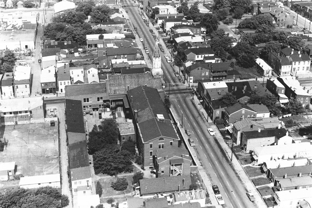 Aerial view of the area in 1977. (Ray Schumann Photography / Courtesy National Trust)