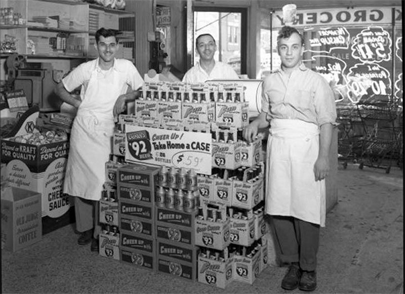 Inside the First Link grocery circa 1949. (Courtesy UL Archives - Reference)