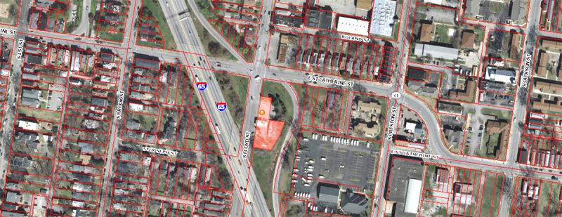 The gas station parcel highlighted. (Via Lojic)