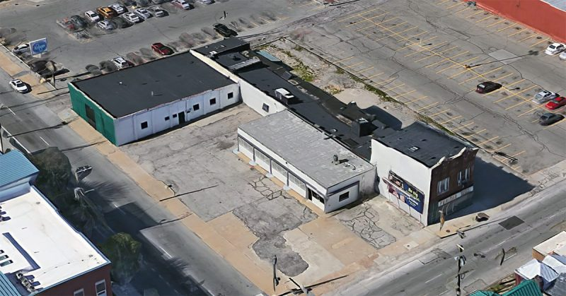 The L-shaped Puritan Uniform Rental property at Second and Breckinridge streets. (Courtesy Google)