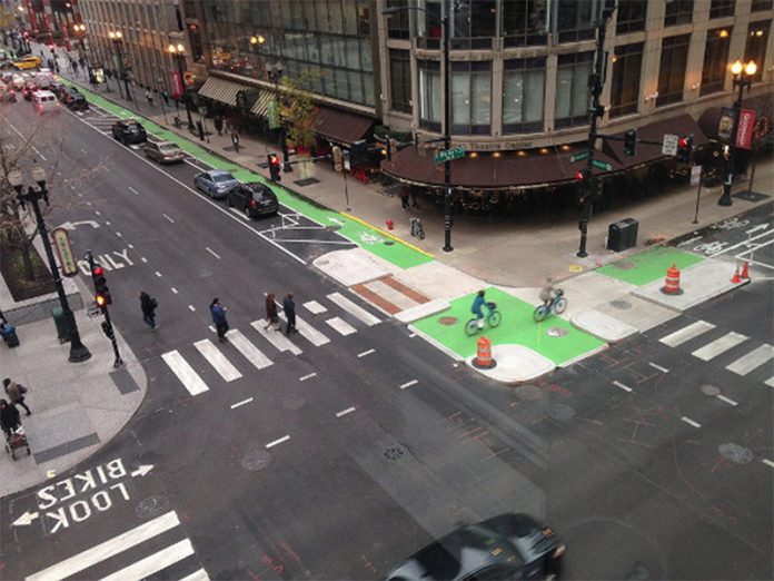 Randolph Street and Dearborn Street, Chicago. (John Greenfield / Streetsblog Chicago)